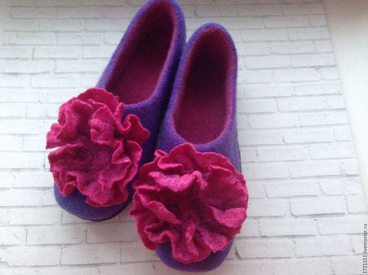 """Обувь ручной работы. Ярмарка Мастеров - ручная работа. Купить Тапочки валяные """"Пион розовый"""". Handmade. Тёмно-фиолетовый"""