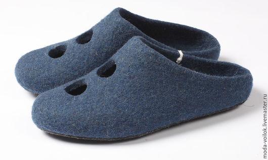 Обувь ручной работы. Ярмарка Мастеров - ручная работа. Купить Тапочки из войлока. Handmade. Черный, тапочки домашние, тапочки валяные
