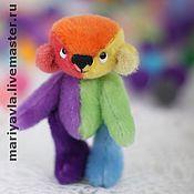 Куклы и игрушки ручной работы. Ярмарка Мастеров - ручная работа Миник Медведь Семицветик (8 см). Handmade.