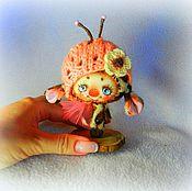 Куклы и игрушки ручной работы. Ярмарка Мастеров - ручная работа жучок-жирафик (в кармашек). Handmade.