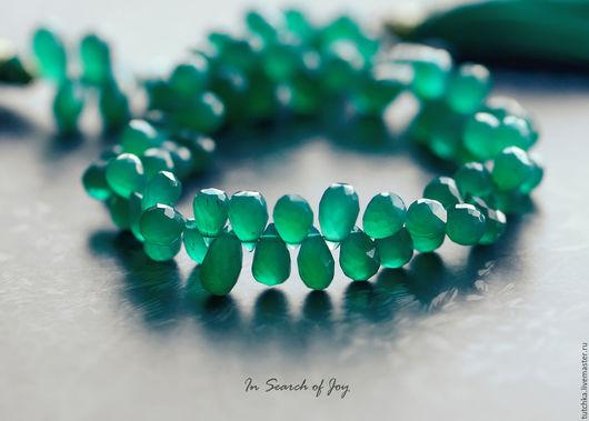 Для украшений ручной работы. Ярмарка Мастеров - ручная работа. Купить Изумрудно-зеленый оникс слеза бриолет 5-10мм. Handmade.