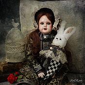 Алиса с кроликом-marotte