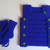 Комплекты одежды ручной работы. Ярмарка Мастеров - ручная работа Вязаный комплект для новорождённых.Жилеточка и носочки. Handmade.