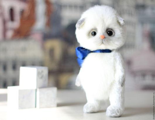 """Мишки Тедди ручной работы. Ярмарка Мастеров - ручная работа. Купить Котенок тедди """"Джими"""". Handmade. Белый, игрушка, подарок"""