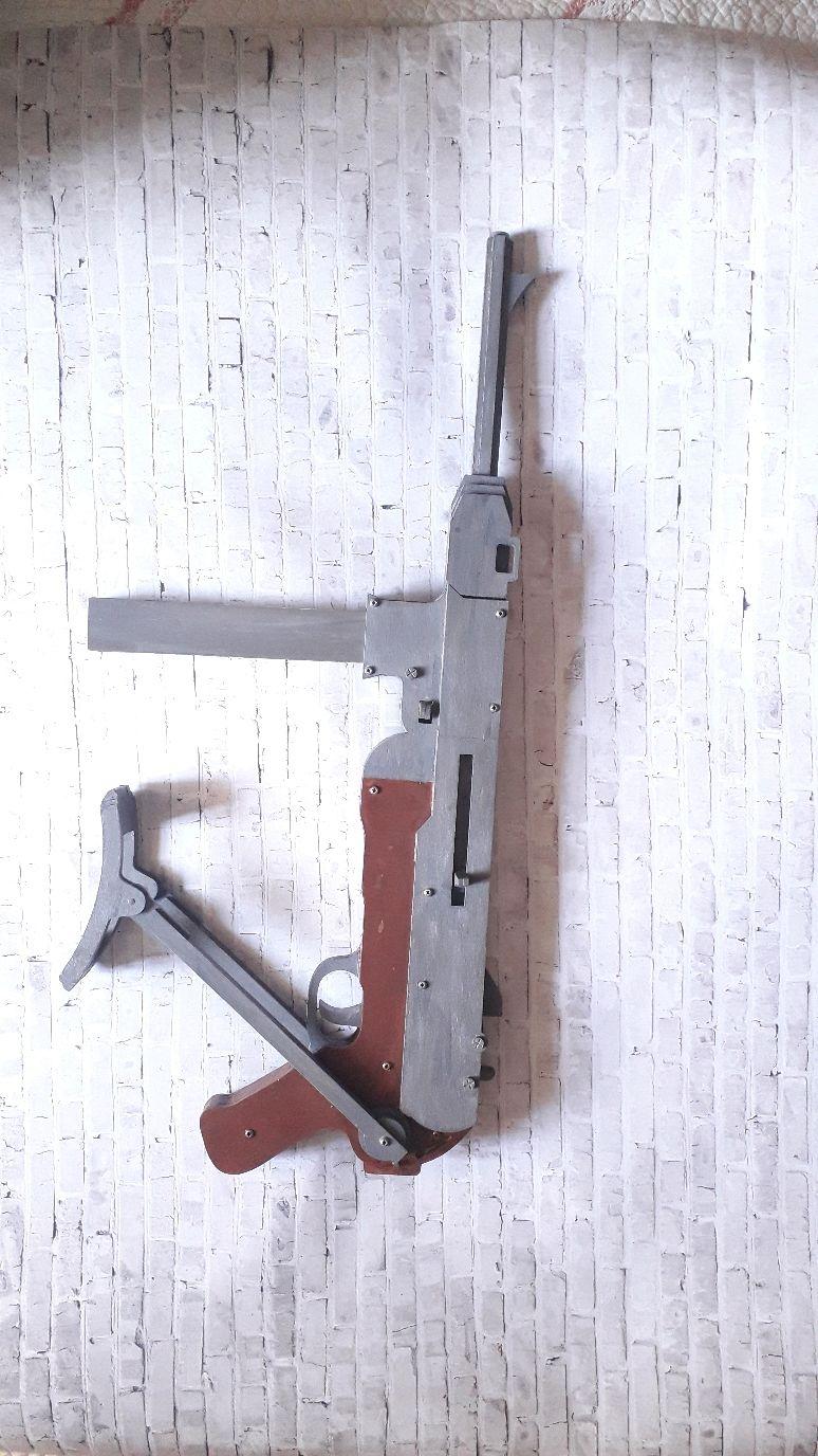 Оружие: автомат из дерева, Сувенирное оружие, Чита,  Фото №1