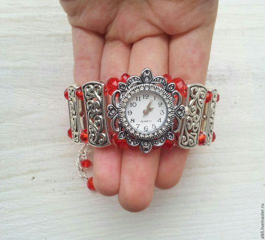 """Часы ручной работы. Ярмарка Мастеров - ручная работа. Купить Часы ручной работы """"Элис"""". Handmade. Ярко-красный"""