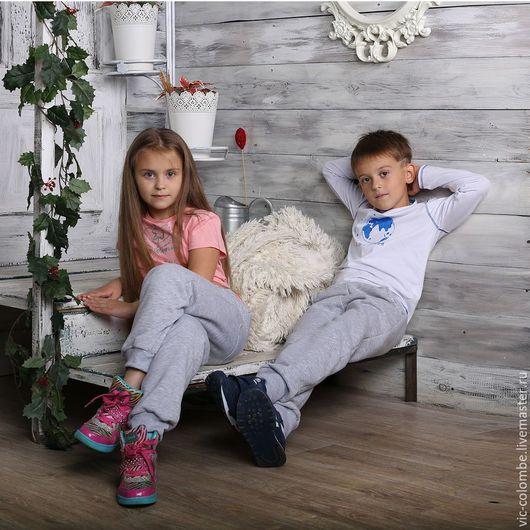 """Одежда для мальчиков, ручной работы. Ярмарка Мастеров - ручная работа. Купить Предзаказ!! Футболка для мальчика с принтом """"Я землянин"""". Handmade."""