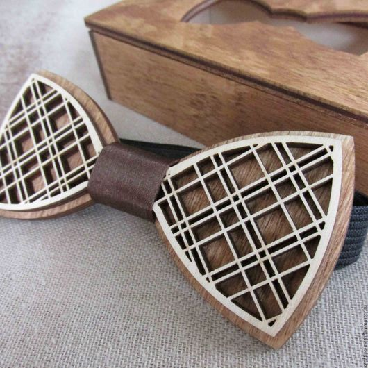 """Галстуки, бабочки ручной работы. Ярмарка Мастеров - ручная работа. Купить Галстук-бабочка из дерева """"Шотландка"""". Handmade. Комбинированный"""