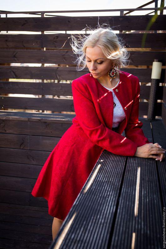 """Верхняя одежда ручной работы. Ярмарка Мастеров - ручная работа. Купить Пальто""""Red Byzantium""""в стиле DG/бронь. Handmade. Ярко-красный"""