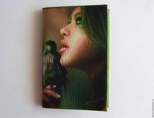 """Обложки ручной работы. Ярмарка Мастеров - ручная работа. Купить Обложка из кожи """"Птица"""". Handmade. Зеленый, обложка, обложка из кожи"""