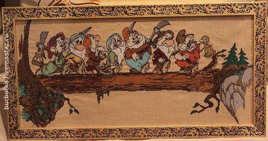 """Фантазийные сюжеты ручной работы. Ярмарка Мастеров - ручная работа. Купить Вышитые креcтиком картины """"7 гномов"""". Handmade."""