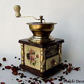 Антикварная винтажная кофемолка «Английская роза».
