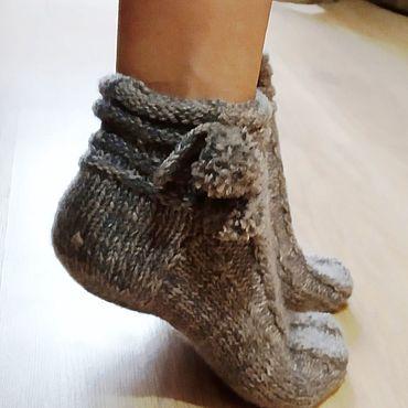 Товары для малышей ручной работы. Ярмарка Мастеров - ручная работа Носки: женские носки с помпонами. Handmade.