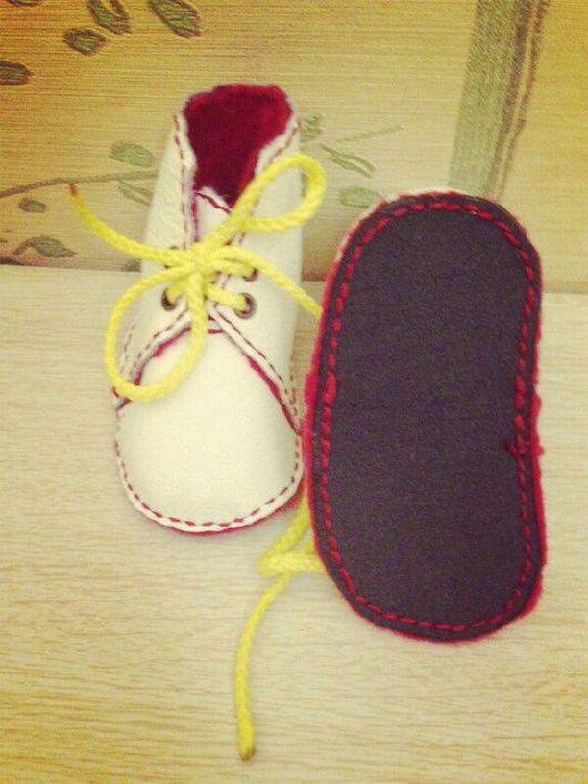 Обувь ручной работы. Ярмарка Мастеров - ручная работа. Купить Домашние ботиночки. Handmade. Кожа, ручная работа, фетр полушерстяной