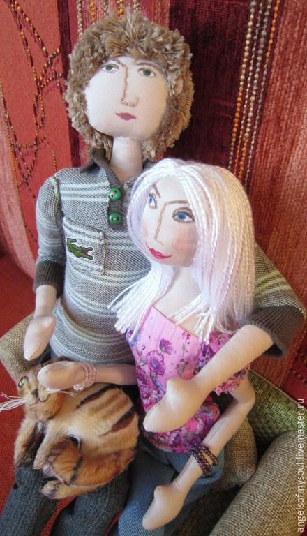 Человечки ручной работы. Ярмарка Мастеров - ручная работа. Купить Текстильная интерьерная кукла- Влюбленные и кот.. Handmade. Разноцветный