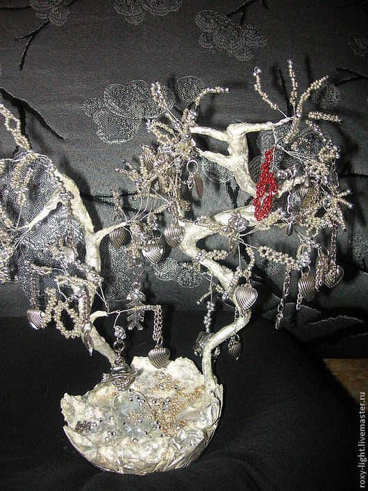 Миниатюрные модели ручной работы. Ярмарка Мастеров - ручная работа. Купить Железное дерево. Handmade. Серебряный, группа маврин, бисер