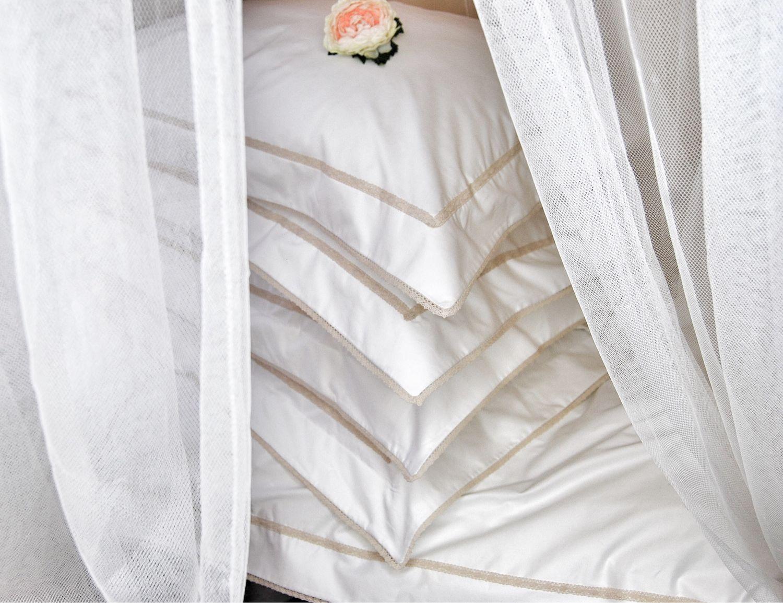 Подарок на свадьбу белый сатиновый люкс комплект, Подарки, Самара,  Фото №1