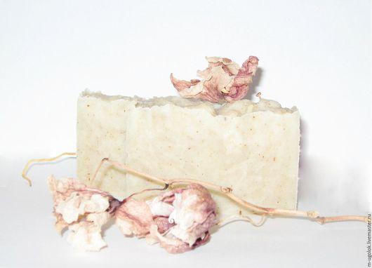 """Мыло ручной работы. Ярмарка Мастеров - ручная работа. Купить Мыло натуральное """"Королевский ирис"""". Handmade. Бежевый, натуральное мыло"""