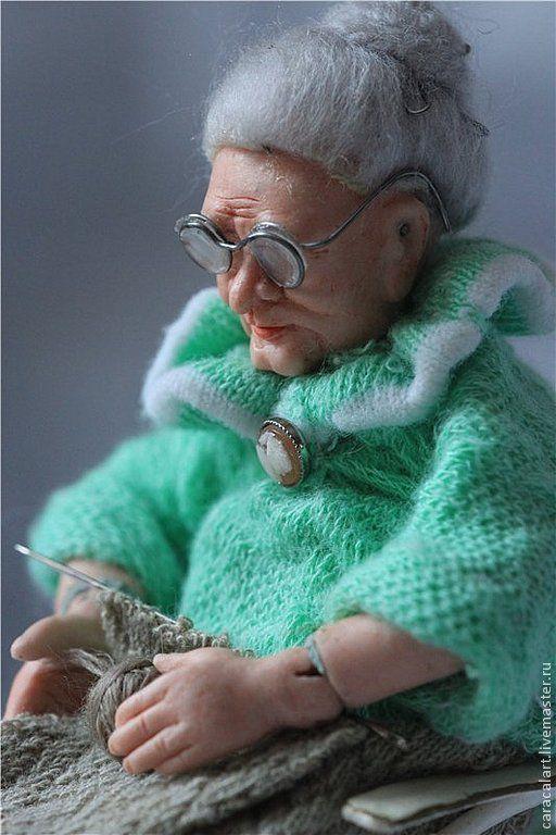 Коллекционные куклы ручной работы. Ярмарка Мастеров - ручная работа. Купить Бабушка на пенсии. Фарфоровая шарнирная кукла. Handmade. Бежевый