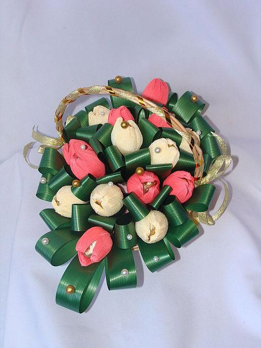 """Букеты ручной работы. Ярмарка Мастеров - ручная работа. Купить Букет из конфет """"Шампань"""" на 8 марта, подарок учителю, нежный букет. Handmade."""
