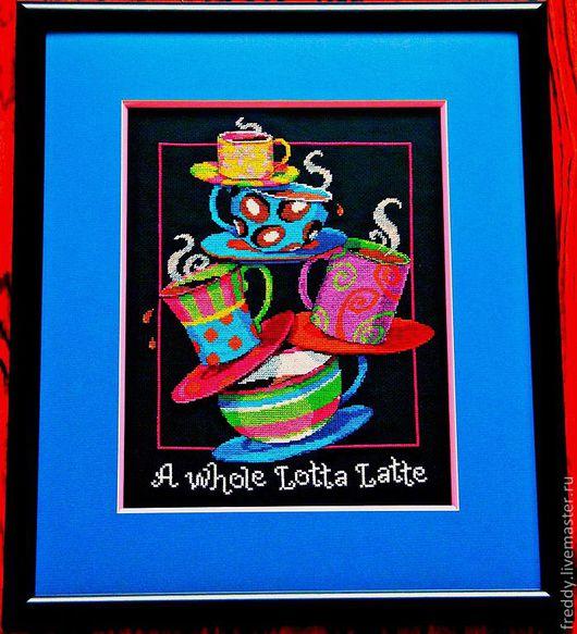 """Данная картина вышивалась легко и быстро несмотря на черный фон! Почему-то ассоциируется не с кухней, а с нашим мультфильмом """"Алиса в стране чудес"""".  Багет со специальной вставкой - новшеств"""
