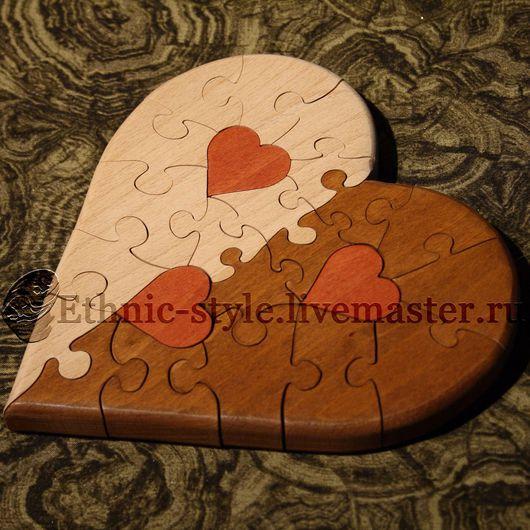 бежево-коричневый вариант с красными сердечками внутри