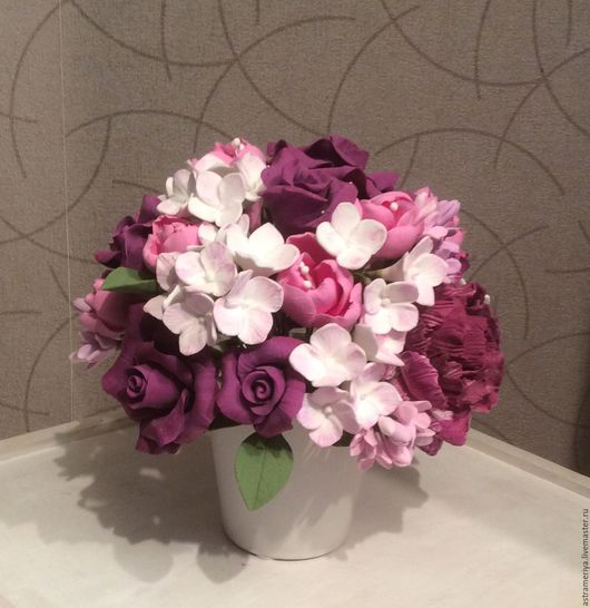 Букеты ручной работы. Ярмарка Мастеров - ручная работа. Купить Букет из полимерной глины фиолетовые розы. Handmade. Фиолетовый