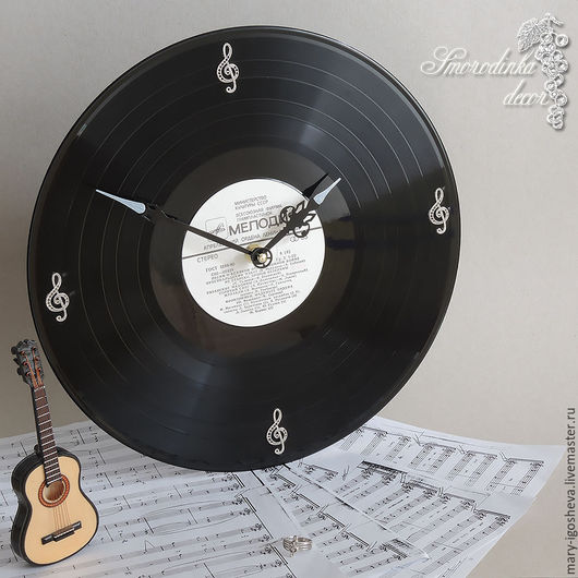 Часы для дома ручной работы. Ярмарка Мастеров - ручная работа. Купить Часы Скрипичный ключ из виниловой пластинки. Handmade. Черный
