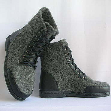 Footwear handmade. Livemaster - original item Felted grey boots with leather trim. Handmade.