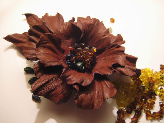 jewelry made of leather, artificial flowers, brooch, hair pin flower brown flower brooch. brooch hairpin made of leather, leather jewelry brooch, brooch flower leather flower hair clip made of leather