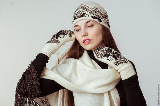 """Комплекты аксессуаров ручной работы. Ярмарка Мастеров - ручная работа. Купить Комплект """" Малефисента"""" варежки, шарф , шапка.. Handmade."""