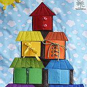 """Куклы и игрушки ручной работы. Ярмарка Мастеров - ручная работа Развивающее панно с застежками  """"Теремок"""". Handmade."""