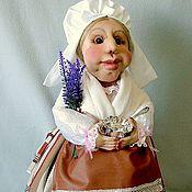 Куклы и игрушки ручной работы. Ярмарка Мастеров - ручная работа Кукла-грелка в костюме провинции Прованс. Handmade.
