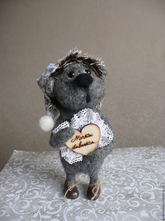 """Игрушки животные, ручной работы. Ярмарка Мастеров - ручная работа. Купить Влюбленный Ежик """"Иголочка"""". Авторская валяная игрушка. Handmade."""
