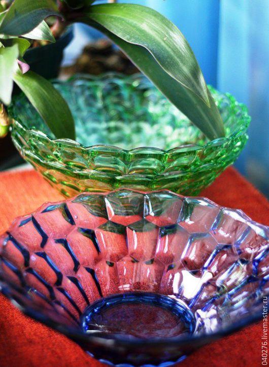 Винтажные вазы `Самоцветы`, СССР, цветное стекло,