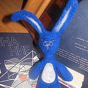 """Куклы и игрушки ручной работы. Ярмарка Мастеров - ручная работа Заяц """"Умный"""". Handmade."""
