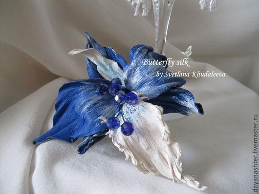 """Заколки ручной работы. Ярмарка Мастеров - ручная работа. Купить Орхидея """"Синее море"""" Кожа. Handmade. Синий, цветы из кожи"""