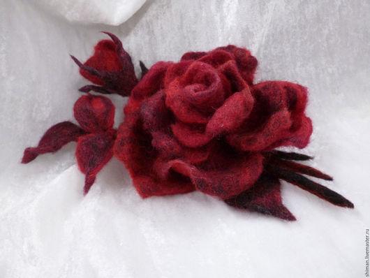 """Броши ручной работы. Ярмарка Мастеров - ручная работа. Купить Цветы из шерсти """"Роза с бутоном """". Handmade. Цветы из шерсти"""