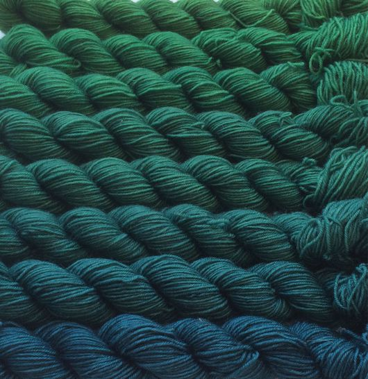 Вязание ручной работы. Ярмарка Мастеров - ручная работа. Купить Градиент. 100% меринос ластер ручной окраски- Нептун. Handmade.