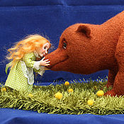Куклы и игрушки ручной работы. Ярмарка Мастеров - ручная работа Маша и медведь - Нос к носу. Handmade.