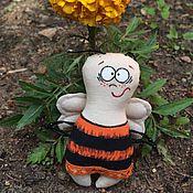 Куклы и игрушки ручной работы. Ярмарка Мастеров - ручная работа Мух, Моль и Пчёл. Handmade.