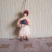 Подарки к праздникам ручной работы. Ярмарка Мастеров - ручная работа Девочка с мячиком. Ватные елочные игрушки. Handmade.