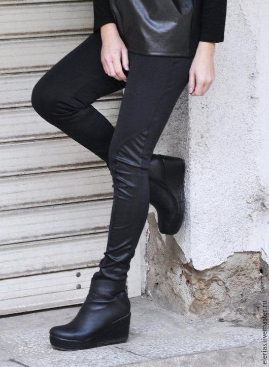 Леггинсы. Обтягивающие брюки. Дизайнерская одежда.