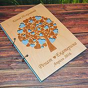 """Книги ручной работы. Ярмарка Мастеров - ручная работа Книга пожеланий с деревянной  обложкой """"дерево с сердечками"""". Handmade."""