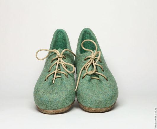 """Обувь ручной работы. Ярмарка Мастеров - ручная работа. Купить Валяные туфли """"Мохито"""".. Handmade. Мятный, валяная обувь"""