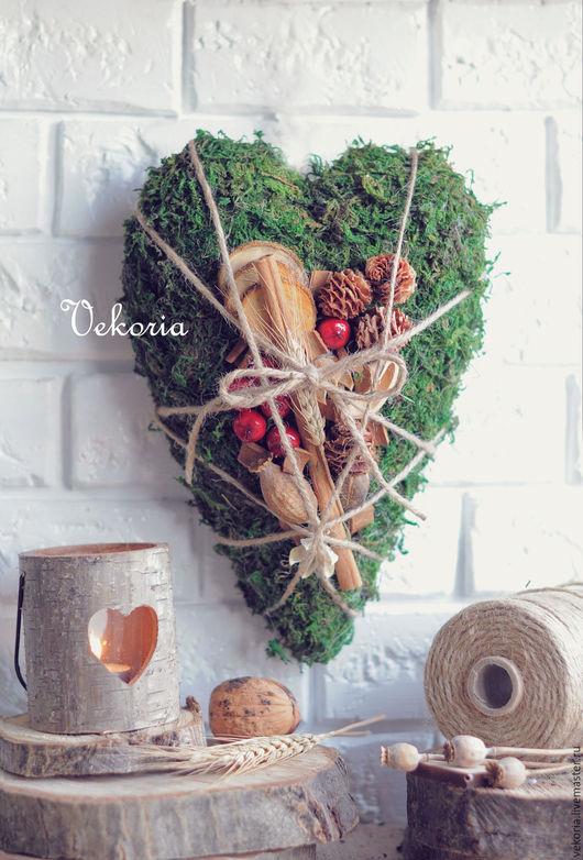 """Символизм ручной работы. Ярмарка Мастеров - ручная работа. Купить Панно """"Сердце с ягодами"""". Handmade. Зеленый, панно настенное, vekoria"""