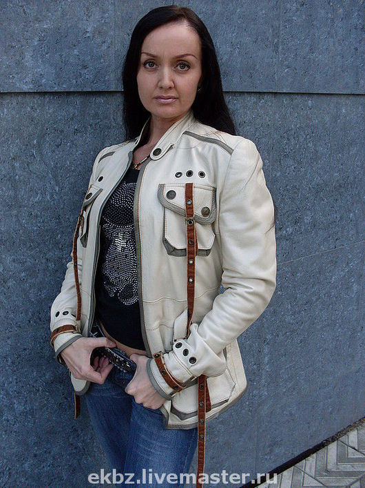 """куртка типа """"парка"""",выполнена из кожи овчины,очень арегинальна в детализации."""