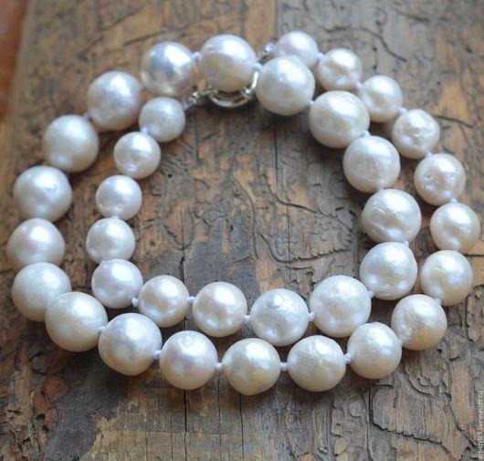 Колье, бусы ручной работы. Ярмарка Мастеров - ручная работа. Купить Ожерелье из натурального морского жемчуга. Handmade. Бусы из жемчуга