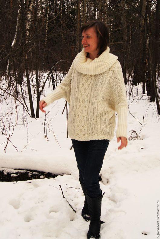 Кофты и свитера ручной работы. Ярмарка Мастеров - ручная работа. Купить Женский свитер с косами аранами. Handmade. Белый