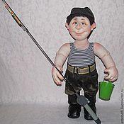 Куклы и игрушки ручной работы. Ярмарка Мастеров - ручная работа На рыбалку! На рыбалку!!! Кукла рыбак в технике скульптурный текстиль.. Handmade.